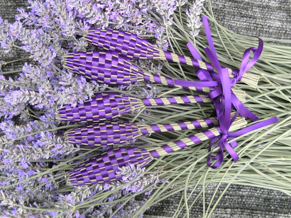 "Lavender Wands, Handmade ""en Provence"""